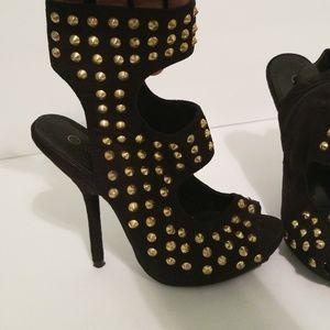 Wild Diva Studded open toe Zip Heel Size 7.5 - 8